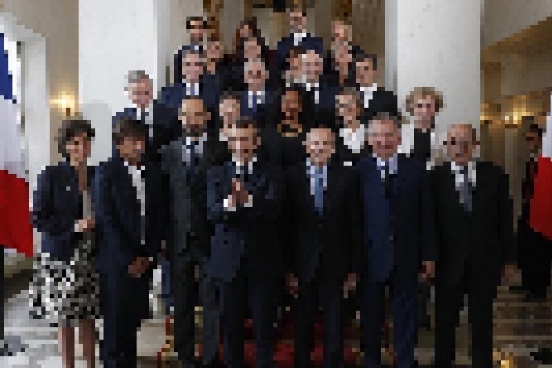 """Résultat de recherche d'images pour """"variété gouvernementale macron"""""""